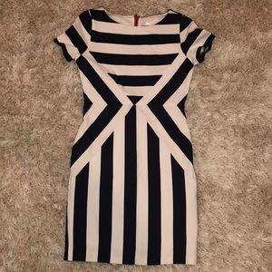 Esley black & Whitt striped dress